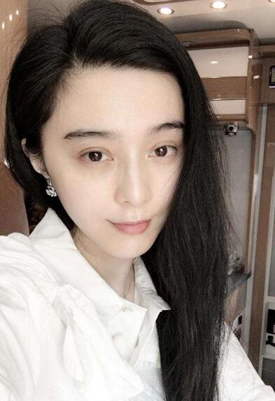 组图:娱乐圈素颜最美女星 王丽坤赵丽颖刘亦菲敢晒真我