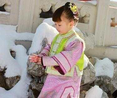 她3岁被人熟知10岁像仙女 如今却被劝别进娱圈?