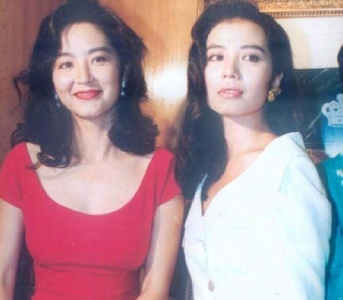 组图:九十年代香港女星养眼合照 没有谁比谁美 - 青岛