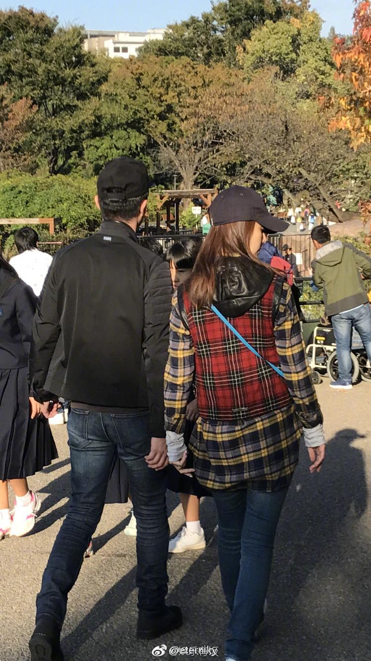 组图:霍建华林心如恩爱游日本 逛动物园吃高级餐厅好惬意