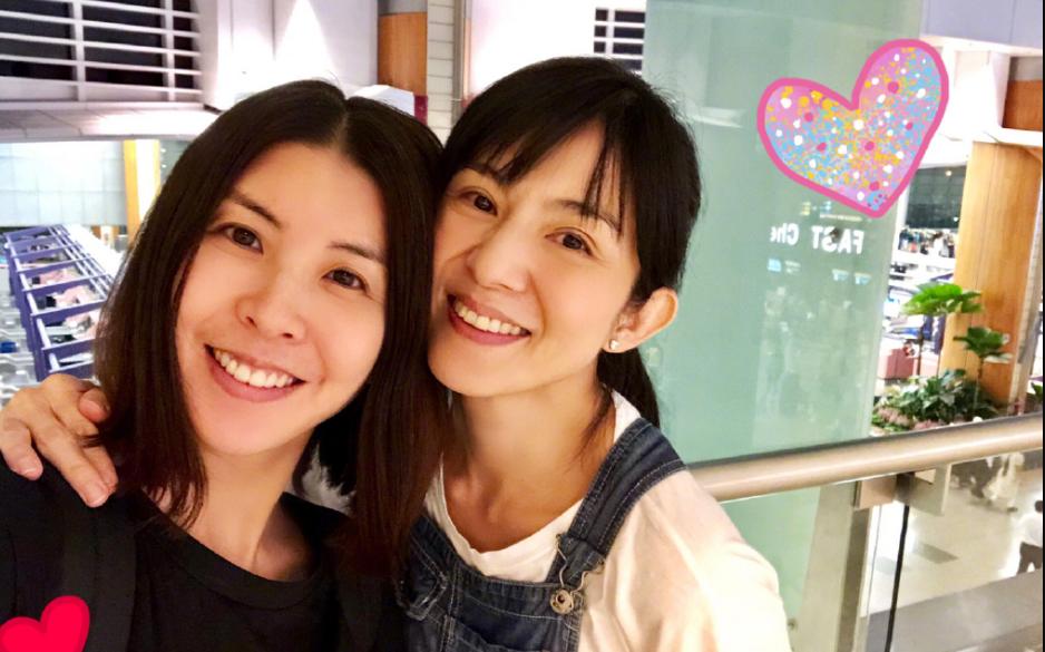 """""""照片中许茹芸皇冠娱乐平台下载与杨采妮皆是素颜"""