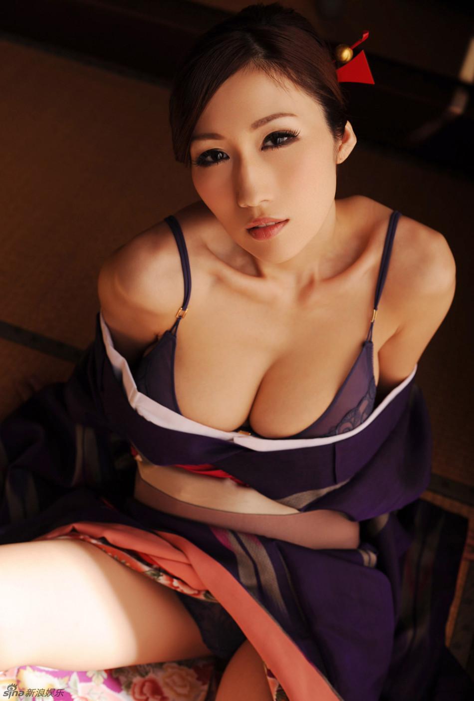 京香julia写真秀j杯豪乳图片