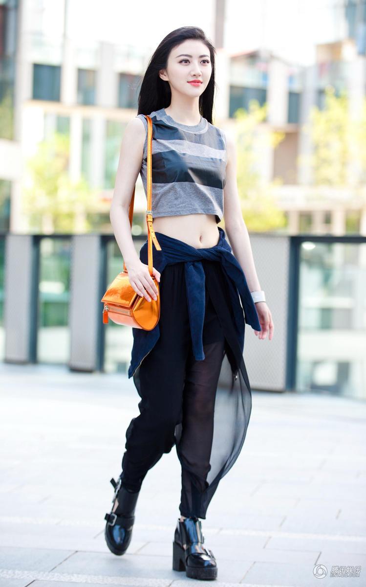 时髦_时髦的女人摄影图_时尚发型高清图_人物摄影