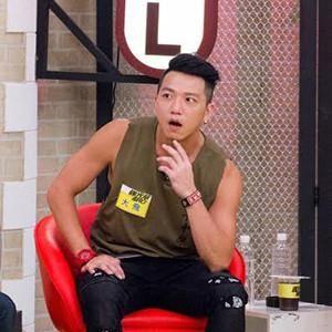 新加坡金沙娱乐网址:台男星为拍戏狂喝水_憋太久拍摄现场喷出