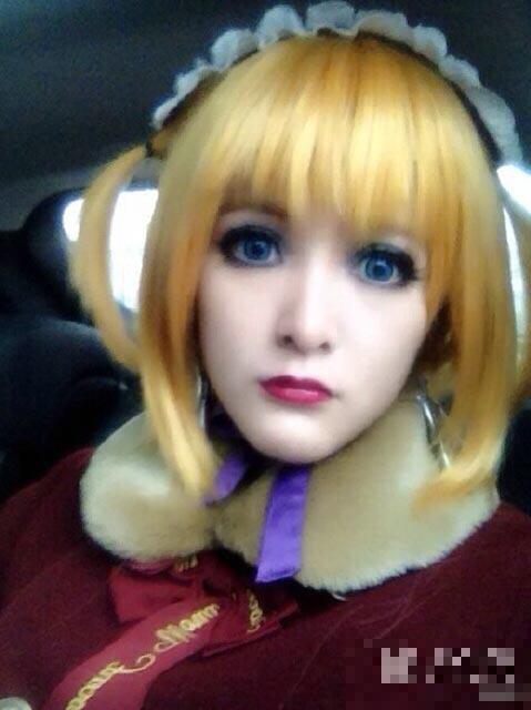 徐娇一向喜欢玩cosplay,她在微博分享一张cosplay照,与平日的高清图片