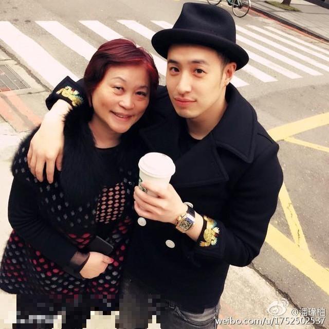 潘瑋柏和媽媽