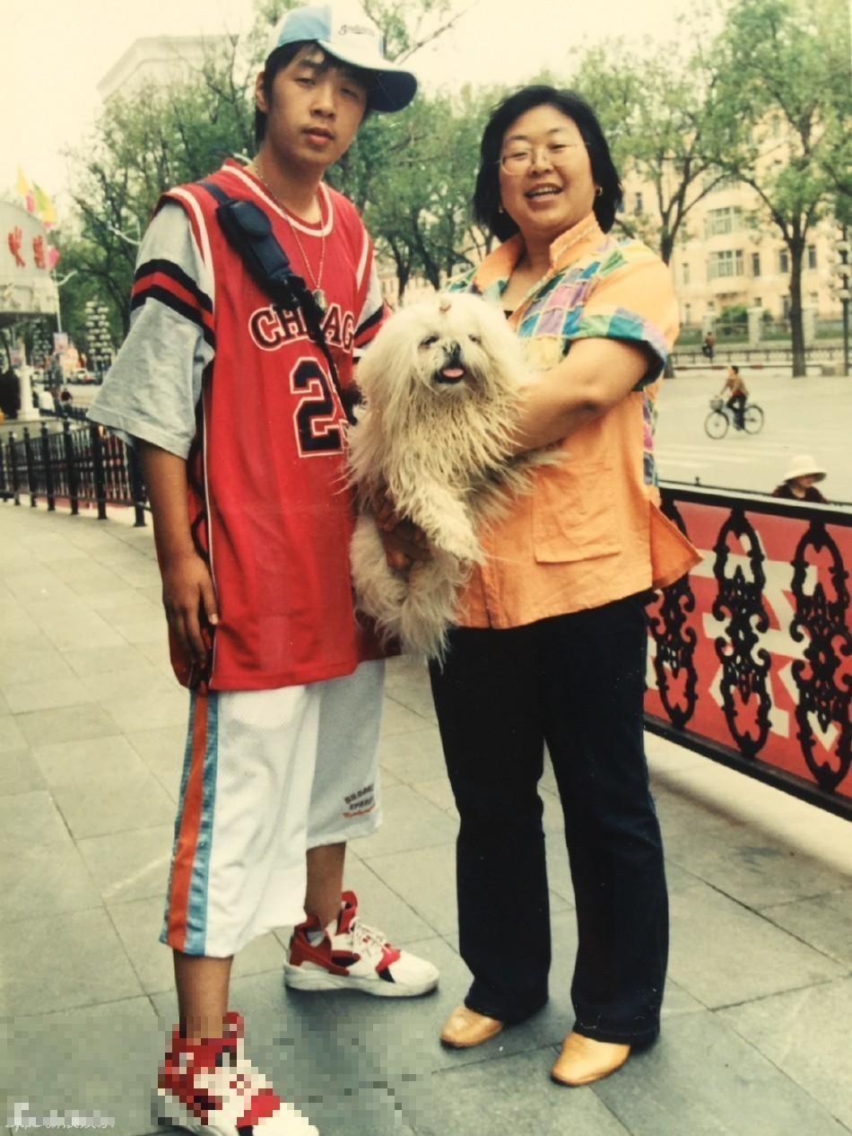 杜海濤和媽媽舊照