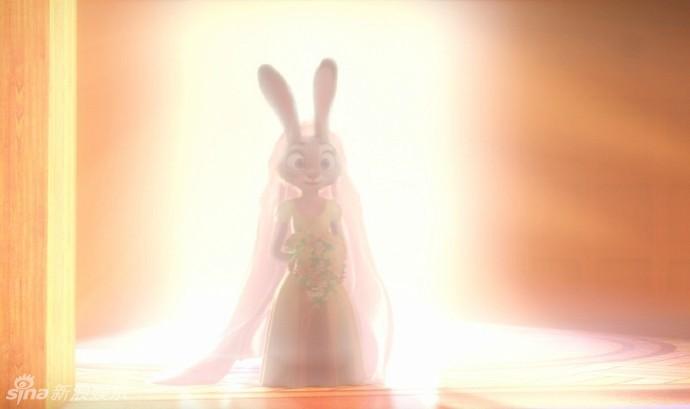 """兔朱迪   一组《疯狂动物城》狐尼克和兔朱迪结婚的照片在外网疯传,神父竟然是""""闪电"""",网友纷纷表示这绝对是""""世纪""""婚礼啊。"""