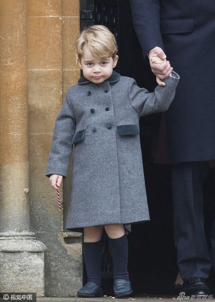 乔治小王子表情呆萌