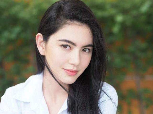 泰国女明星_泰国最漂亮的女明星_李海娜