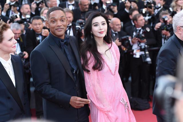 新浪娱乐讯当地猪头5月23日,范冰冰下载戛纳电影节70周年庆典红毯,与时间电影网怎样现身图片